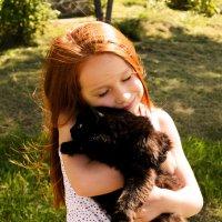 Девочка с котом :: Алиса Нелеп