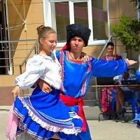 танцуют  кубанцы ! :: Ivana