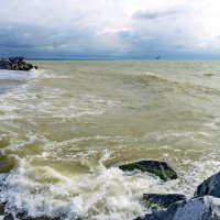 Море волнуется. :: Олег Барзолевский