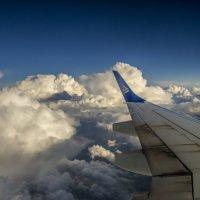 вид из самолета на небо и облака :: Дмитрий Потапкин