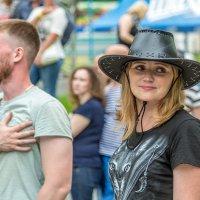 Девушка в шляпе :: Андрей Кузнецов