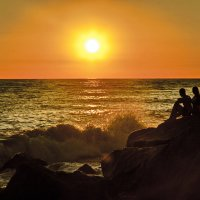 закат,море,двое..... :: Оксана Богачева