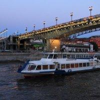 Патриарший мост :: Ирина Гаврилова