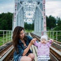 На мосту.. :: Любовь