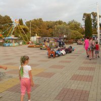 В детском парке :: Мила