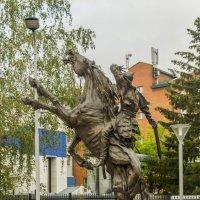 Монумент покорителям Сибири г Томск :: Дмитрий Потапкин