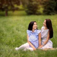 Две сестры :: Анна Локост