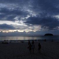 Вечером на пляже. Пхукет :: svk