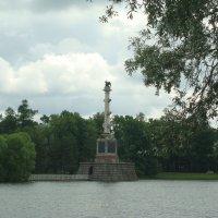 Чесменская колонна на большом пруду :: марина ковшова