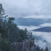 Орлиные скалы :: Евгений Дольников