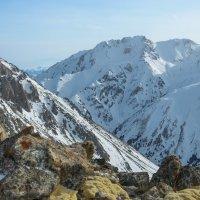 Вечером в горах Алматы :: Горный турист Иван Иванов