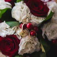Кольца и Розы :: Vladimir Valker