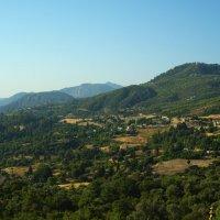 Деревенька в горах :: Таня Бакулина