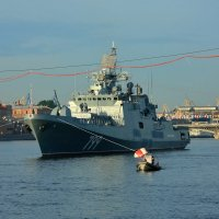 В ожидании парада ВМФ :: Александр Алексеенко