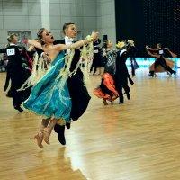 Танец в полёте :: Юрий Кийко