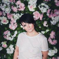 Девушка в цветах :: Анна Рыжик