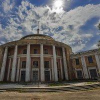 старый речной вокзал в Твери :: Владимир Иванов