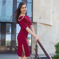 Девушка в красивом платье :: Роман Мишур