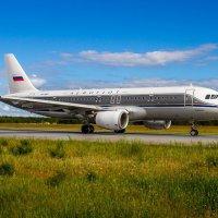 A320-214 :: Евгений Пикаревский