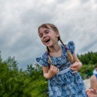 отличное настроение в  пасмурный летний денек... :: Надежда Шемякина