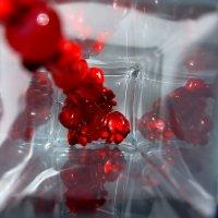 Красные бусы из сердолика. :: Валерия  Полещикова