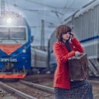 девушка на рельсах :: Виктория Янголенко