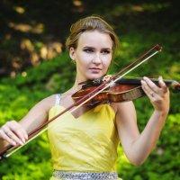 Не тревожь мне душу скрипка... :: Алеся Пушнякова