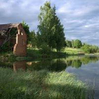 Развалины мельницы :: Alena Cyargeenka