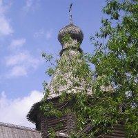 Деревянная церковь :: Дмитрий Солоненко