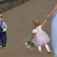 Парад невест. Любовь с первого взгляда :: Борис Гуревич