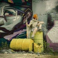 Девушка с битой. :: Сергей Гутерман