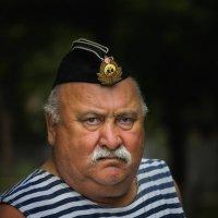 Строгий. Из боцманов, наверное... (День ВМФ 2017) :: Павел Петрович Тодоров
