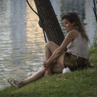 женщина на берегу :: Яков Реймер