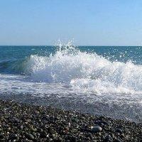 Пенный шелест волн прибрежных... :: Татьяна Смоляниченко