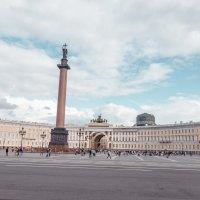 Дворцовая площадь :: Павел Качанов