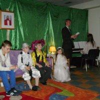 Рождественский  вечер  в   мормонском   приходе   Ивано - Франковска :: Андрей  Васильевич Коляскин