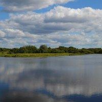 Озеро в августе :: Вера Андреева