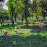 Жаркий август в Стамбульском парке. :: Вахтанг Хантадзе