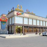Торговый центр Актау :: Анатолий Чикчирный