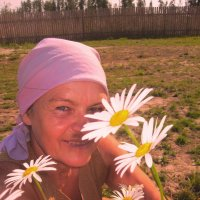 Цветут ромашки у Любашки))))) :: ЛЮБОВЬ ВОРОЖБИТ