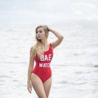 На пляже :: Женя Рыжов