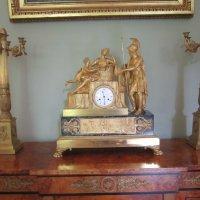 Старинные часы и канделябры :: Дмитрий Никитин