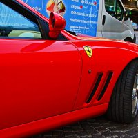 Ferrari (фрагмент....) :: M Marikfoto