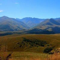 Синие горы Кавказа... :: Vladimir 070549