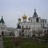 Свято-Троицкий Ипатьевский монастырь (Кострома) :: Irina Shtukmaster