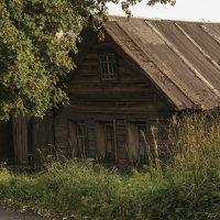 Старенький домик. :: Марина Никулина