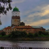 Старый замок на закате :: M Marikfoto