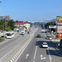 Адлер. Вид с пешеходного моста :: Татьяна Смоляниченко
