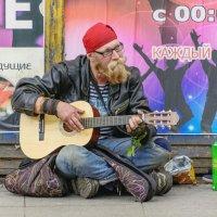 """""""На улице Марата, я ....... когда то!"""" :: Вячеслав Назаренко"""