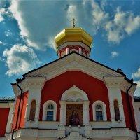 Надвратная церковь святителя Филипа... :: Sergey Gordoff